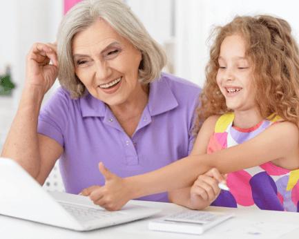幼児、小学生からシニア世代まで プログラミングによる世代間交流